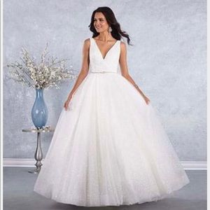NWT white wedding dress size 14